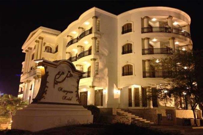 ساختمان هتل سورینت مریم کیش