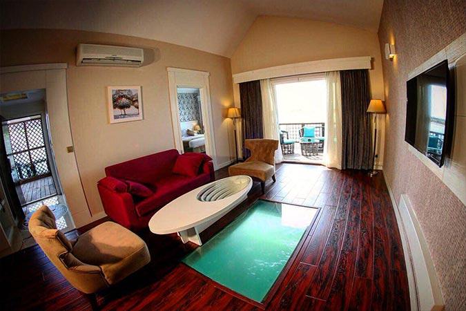 اتاق رو به دریا هتل ترنج کیش