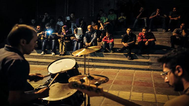 موسیقی و هنری خیابانی در کیش