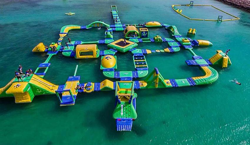 تفریحات دریایی کیش : پارک بادی مارینا کیش